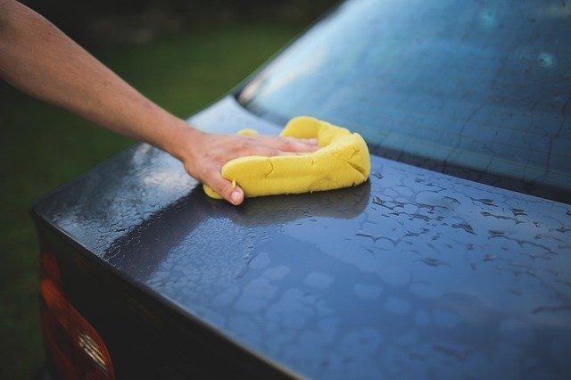 Autointerieur schoonmaken